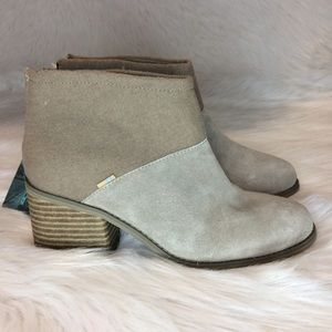 NWT TOMS WMN LACY